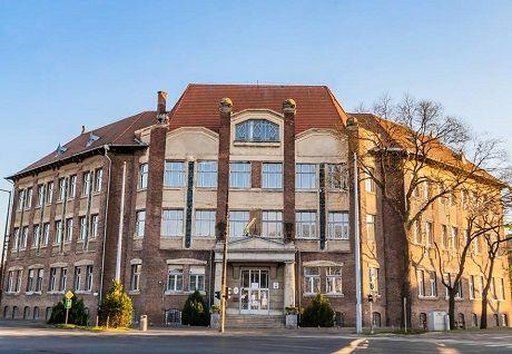 Borító kép a Debreceni SZC Mechwart András Gépipari és Informatikai Technikum intézményről