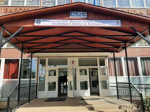 Borító kép a Debreceni SZC Baross Gábor Technikum, Szakképző Iskola és Kollégium intézményről